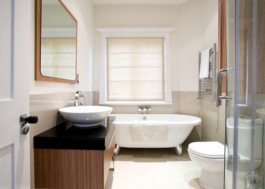 Badkamer raamdecoratie 7: van badkamer naar thuis spa. raamdecoratie