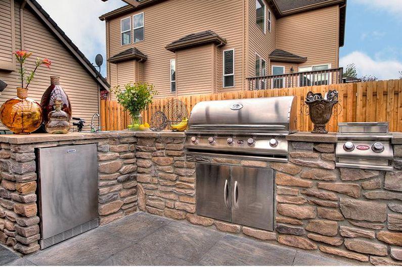 Buitenkeuken met barbecue: echte plek voor mannen